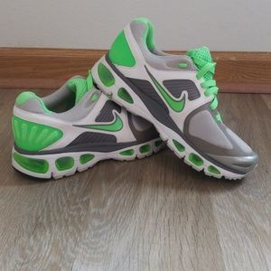 Women's Nike Air Tailwind, Size 8